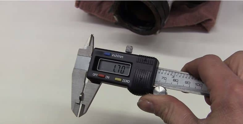 measuring valve clearnaces