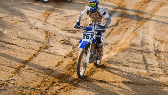 dirt bike sand riding tips and techniques