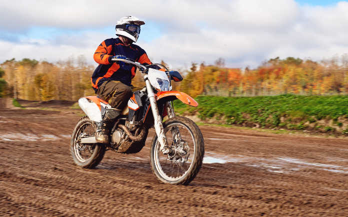 Why does my dirt bike have low compression?